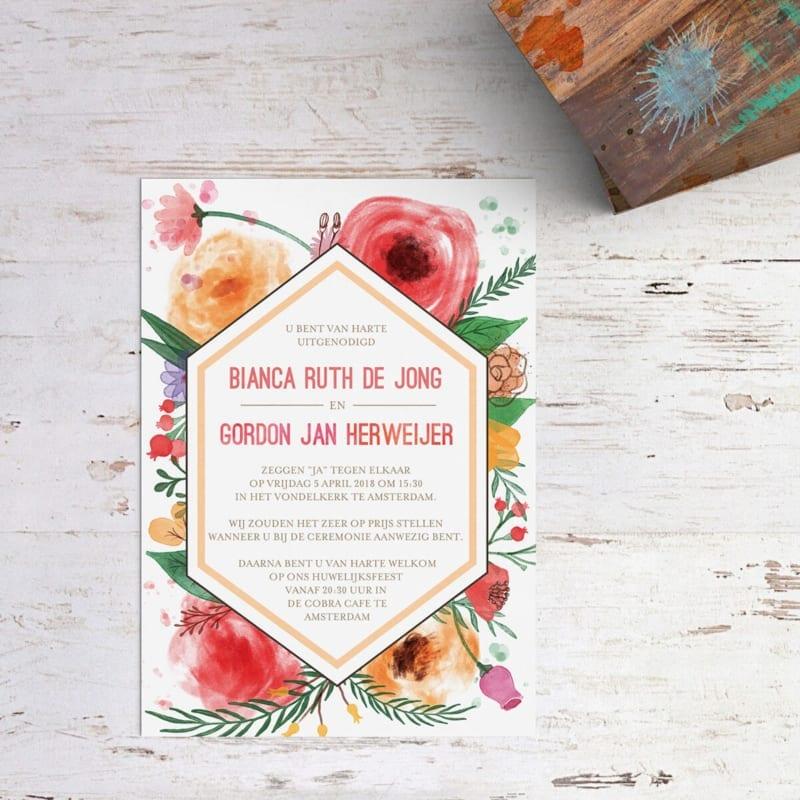 Trouwkaartje Waterverf & Bloemen is een explosie van bloemen en kleuren; een veelzijdige collectie van bloem-illustraties in allerlei kleuren en stijlen.