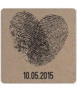 Bierviltje Vingerafdrukken laat symbolisch jullie liefde zien met een hart gevormd uit vingerafdrukken. Eigen afdrukken mogelijk!