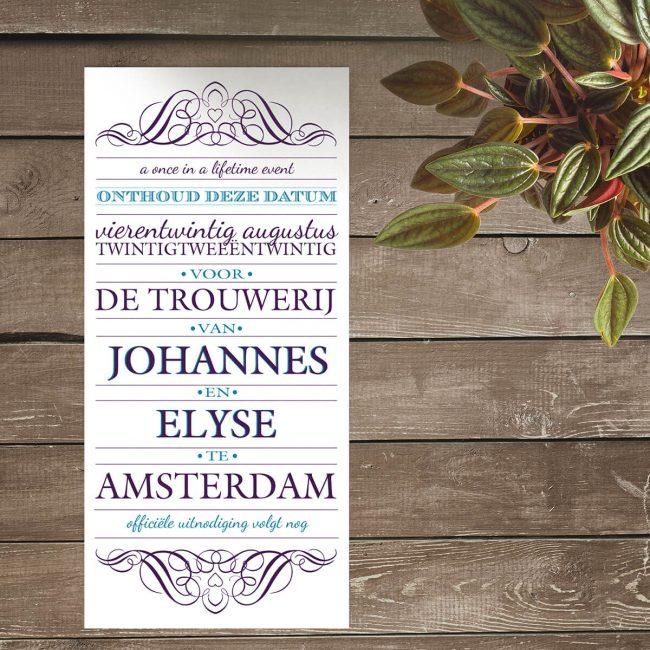 Save the date kaart Vintage Uitnodiging II is een gedetailleerd typografisch ontwerp, perfect voor een bruiloft met klassieke en formele invloeden.