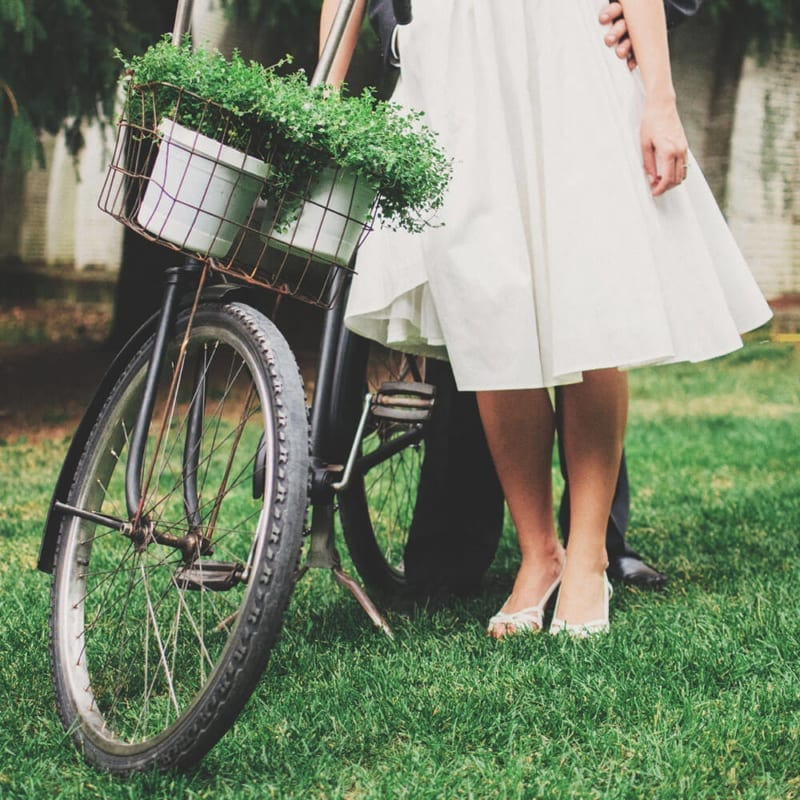 Duurzame bezorging van trouwkaarten: op de fiets